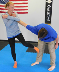 womens-self-defense-class-ma